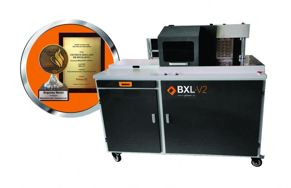 BXL-V2_statuetka_dyplom